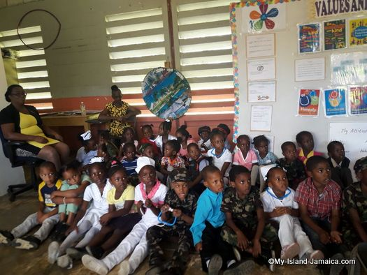 careers_day_at_jamaican_primary_school_springfield_all_age_student