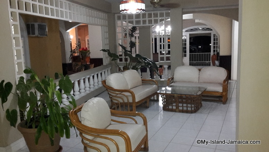 cheap_hotels_in_montego_bay_sea_gardens_resort_abmiance