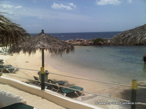 club_ambiance_beach_view