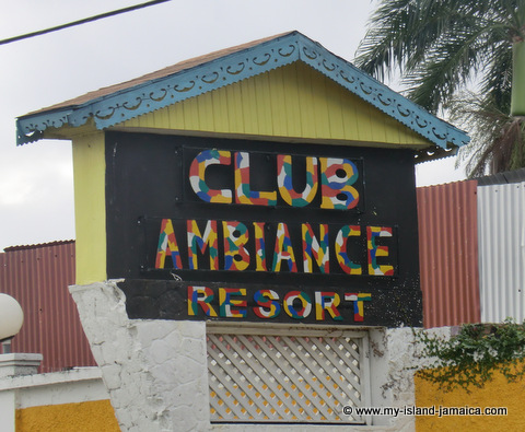 club_ambiance_jamaica_sign
