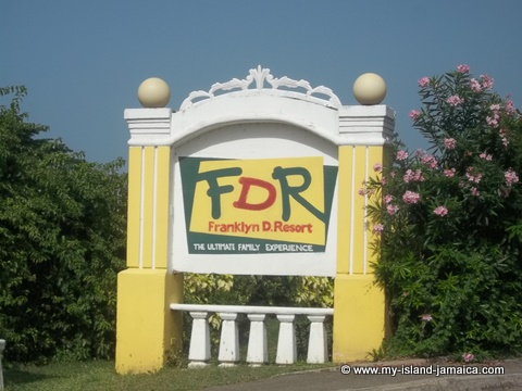 fdr_resort_in_jamaica_entrance