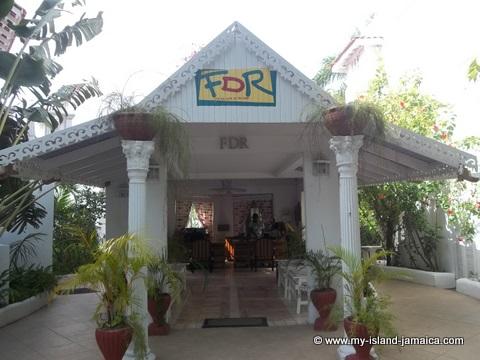 fdr_resort_in_jamaica_front_desk