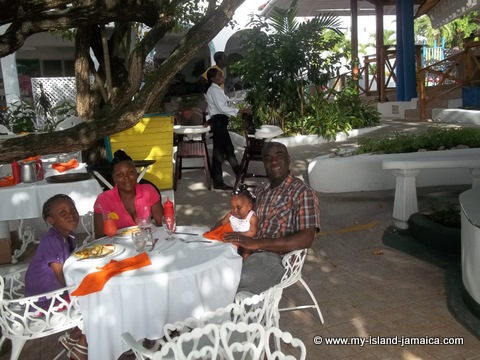 lunch time at fdr resort in jamaica