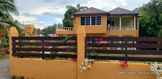 guest_houses_in_jamaica_ocho_rios