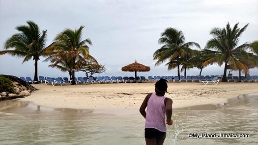 holiday_inn_montego_bay_aliana