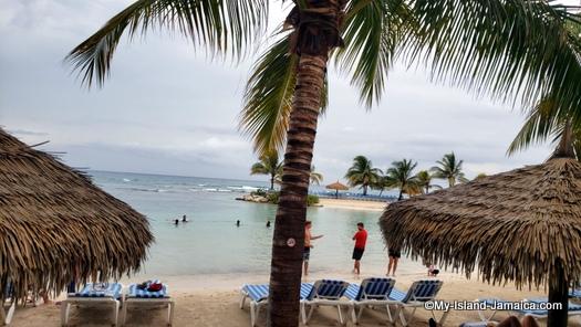 holiday_inn_resort_montego_bay_beach_view