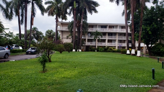holiday_inn_resort_montego_bay_property_view