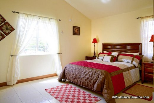 house_for_sale_in_jamaica_bedroom