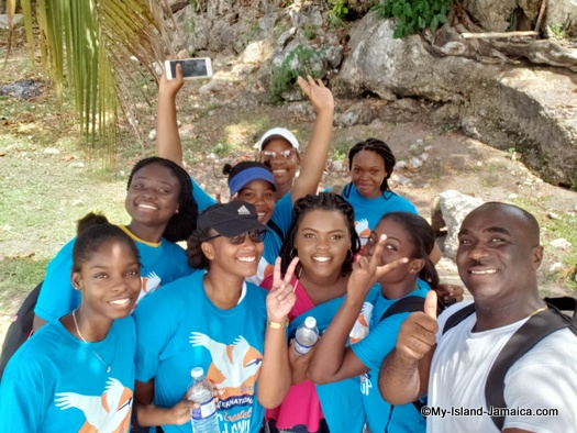 international_coastal_cleanup_day_jamaica_mobay_community_college