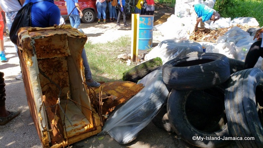 international_coastal_cleanup_day_jamaica_old_fridge_debris_garbage