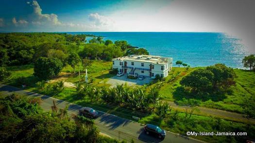 ivys_cove_jamaica_villa.jpg