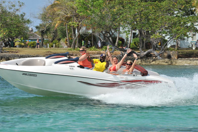 Jamaica Water Sports - Having Fun