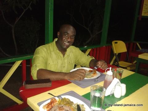 jamaica_beach_house_little_bay_cabins_dinner