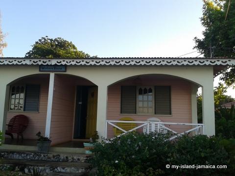 jamaica_beach_house_little_bay_cabins_house_photo