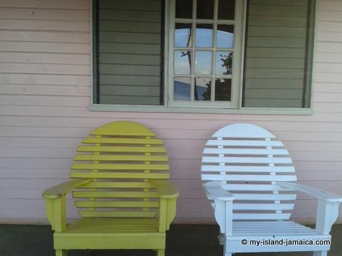 jamaica_beach_house_little_bay_cabins_patio