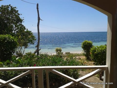 jamaica_beach_house_little_bay_cabins_patio_view