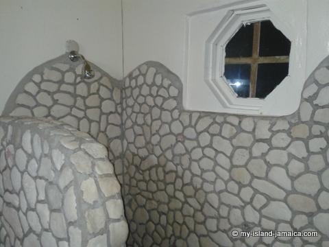 jamaica_beach_house_shower_at_little_bay