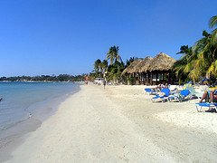 jamaica_beach_sandals_negril
