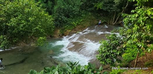 benta river falls - mannings reunion