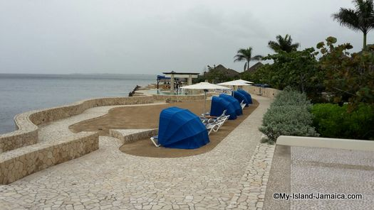 negril_jamaica_resorts_the_spa_retreat_hotel_lazy_cabins