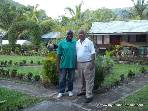 errorl sinclair and wellesley gayle at tapioca village retreat - 2002