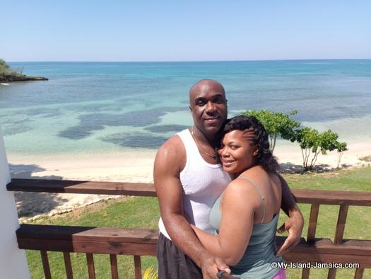 villa_in_jamaica_ivys_cove_jamaican_couple_romantic_wellesley_and_tasha_married