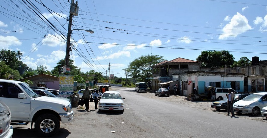 white_house_jamaica_square